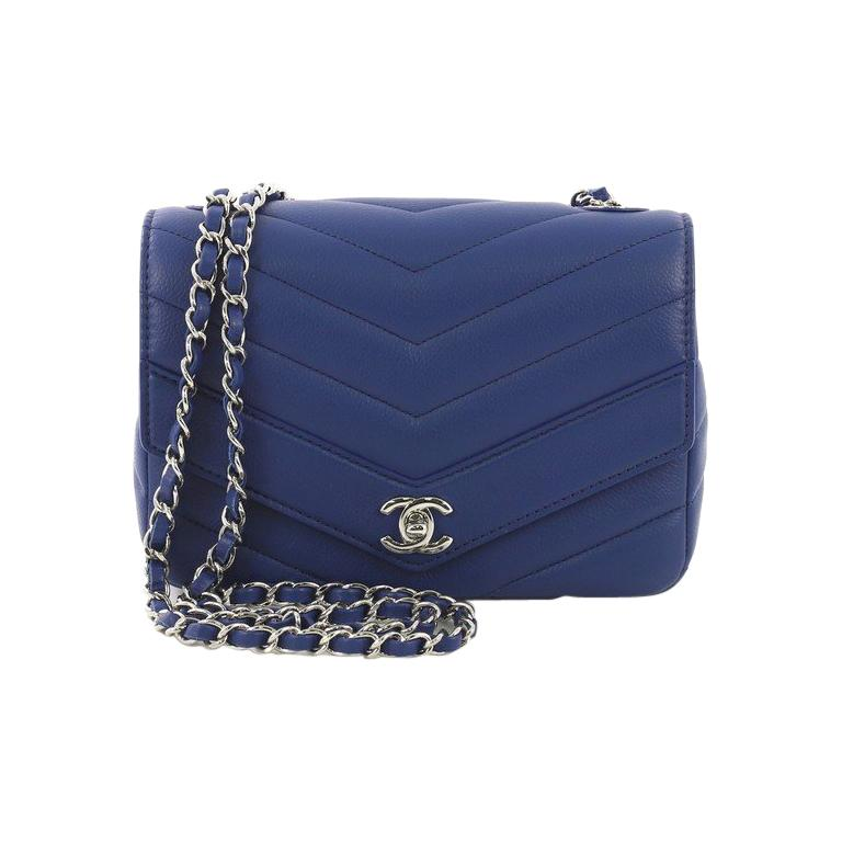 a9804077cae7 Chanel Data Center Envelope Flap Bag Chevron Caviar Medium For Sale at  1stdibs