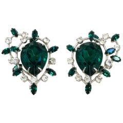 1950s Vendome Clip-on Earring with Emerald/Green Rhinestones