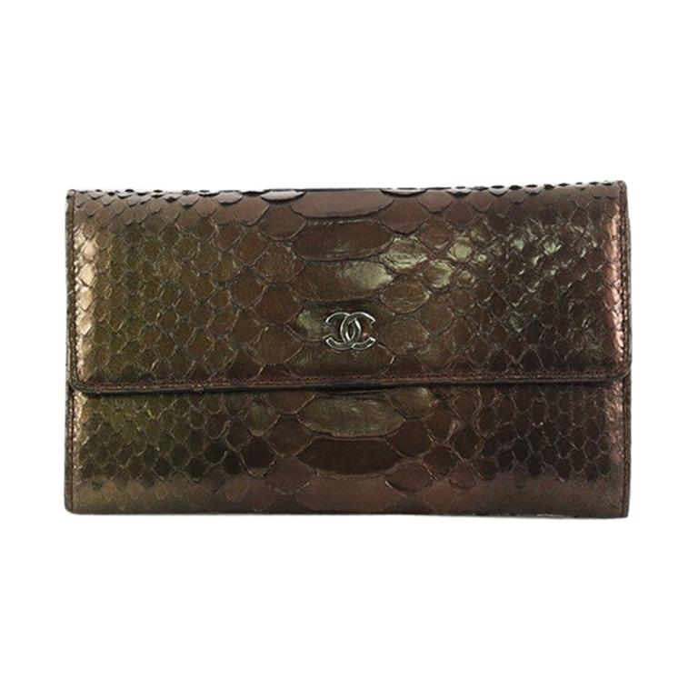 6cd26cea286a Chanel Trifold Wallet Python Medium For Sale at 1stdibs