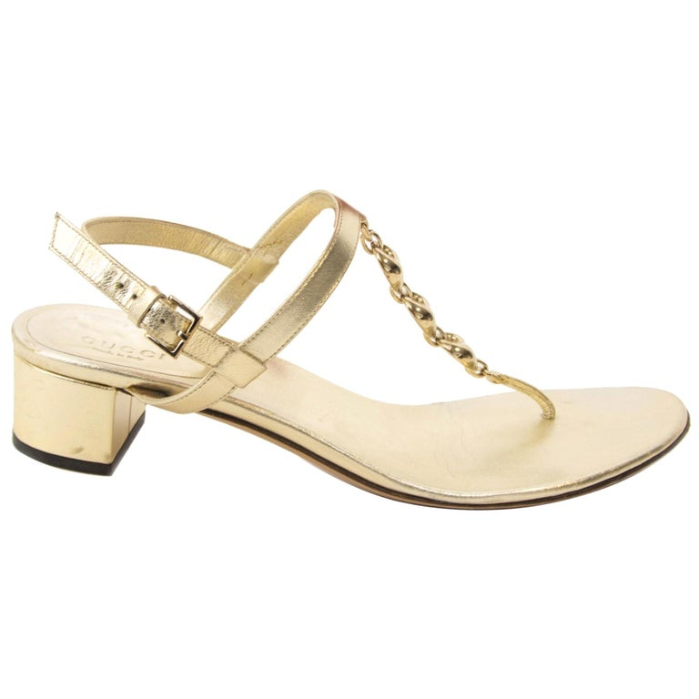 80eb229d5 Gucci Gold Sandals - Size 37,5 For Sale at 1stdibs