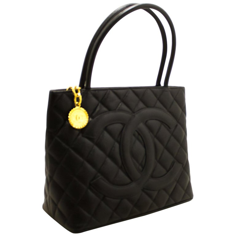 0cfd881ac607 CHANEL Gold Medallion Caviar Shoulder Shopping Tote Bag Black For Sale
