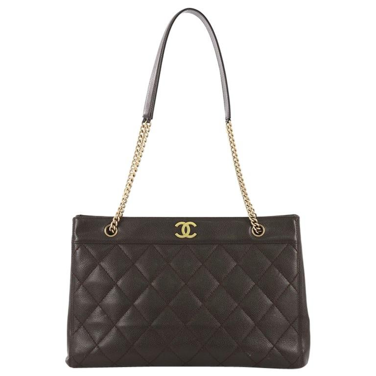 97139781c523 Chanel Vintage Chain Tote Quilted Caviar East West For Sale at 1stdibs
