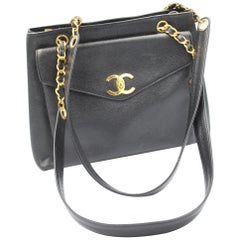 87497375006f 1991 Vintage Chanel Black Lambskin Leather Bag with 2.55 Golden ...