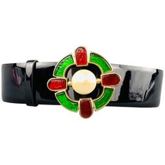CHANEL L Black Patent Leather Gripoix Faux Pearl Red & Green Celtic Cross Belt