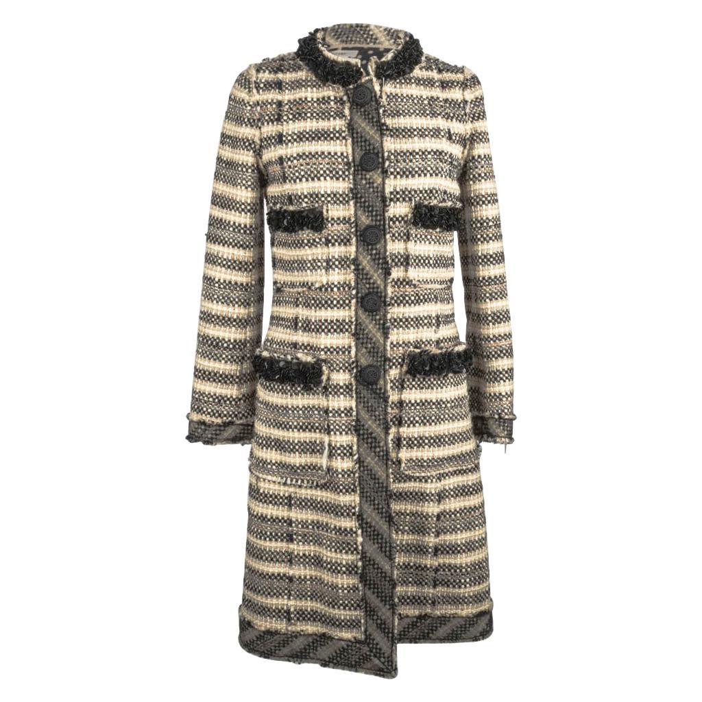 Marc Jacobs Coat Tweed w/ Embellished Details Polka Dot Lining 4