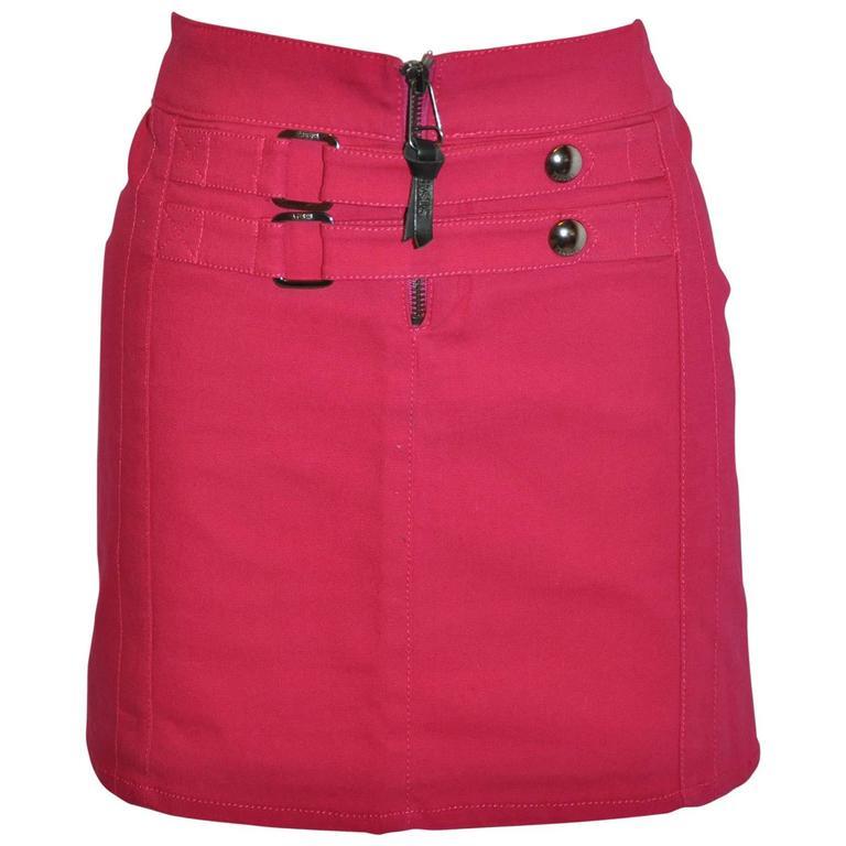 a771dd3b7b Gianni Versace Bold Fuchsia Stretch Buckled Detailing Mini Skirt