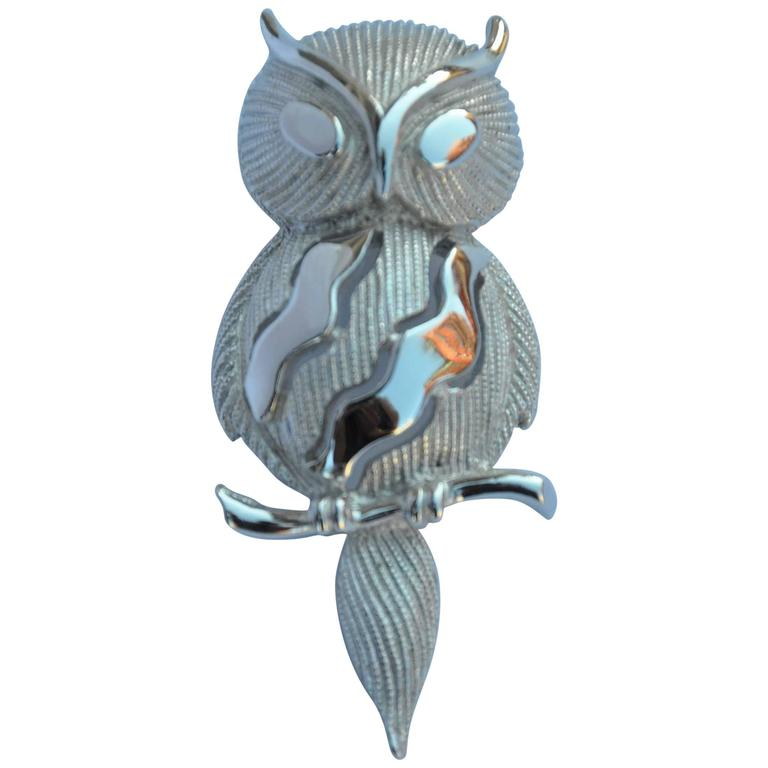"Trifari Gilded Silver ""Owl on Branch"" Brooch For Sale"