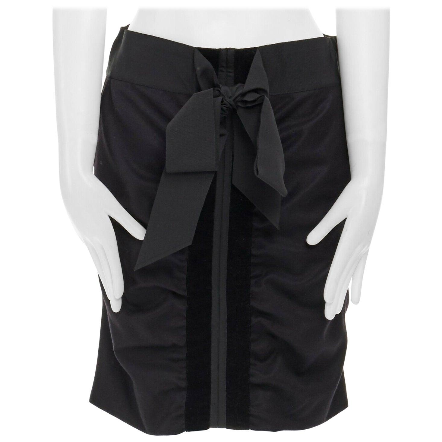 runway YVES SAINT LAURENT TOM FORD AW02 black velvet ribbon trim wool skirt FR36