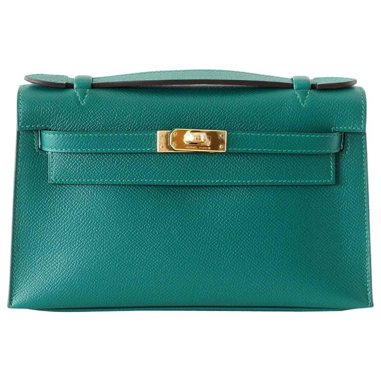 Hermes Kelly Pochette Clutch Bag Emerald Toned Malachite Epsom Gold  For Sale