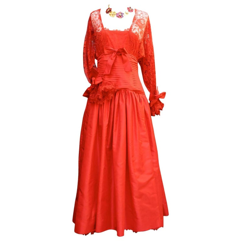 Fall 1980 Nina Ricci Haute Boutique Red Taffeta and Lace Evening Dress For Sale