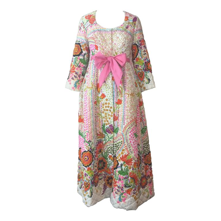 1960s Joseph Magnin Baby Doll Quilted Floral Print Robe