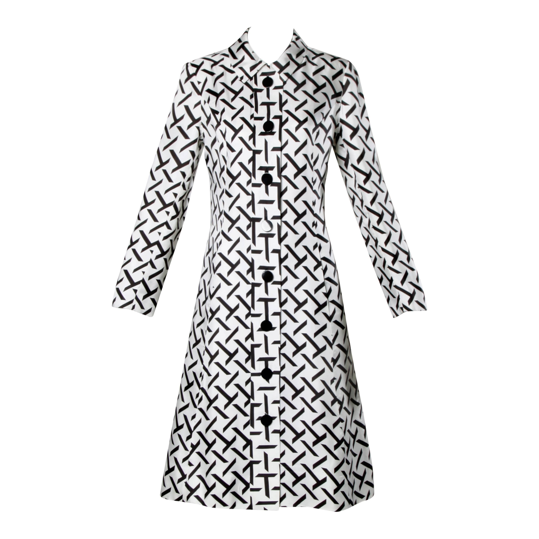 i magnin vintage 1960s graphic black white print silk mod coat 1950 Style Clothing Patterns i magnin vintage 1960s graphic black white print silk mod coat for sale at 1stdibs