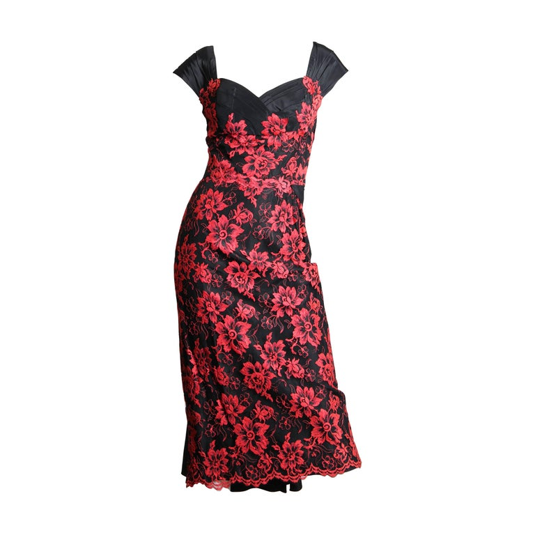 1950S PEGGY HUNT Black & Red Silk Taffeta Chantilly Lace Cocktail Dress For Sale