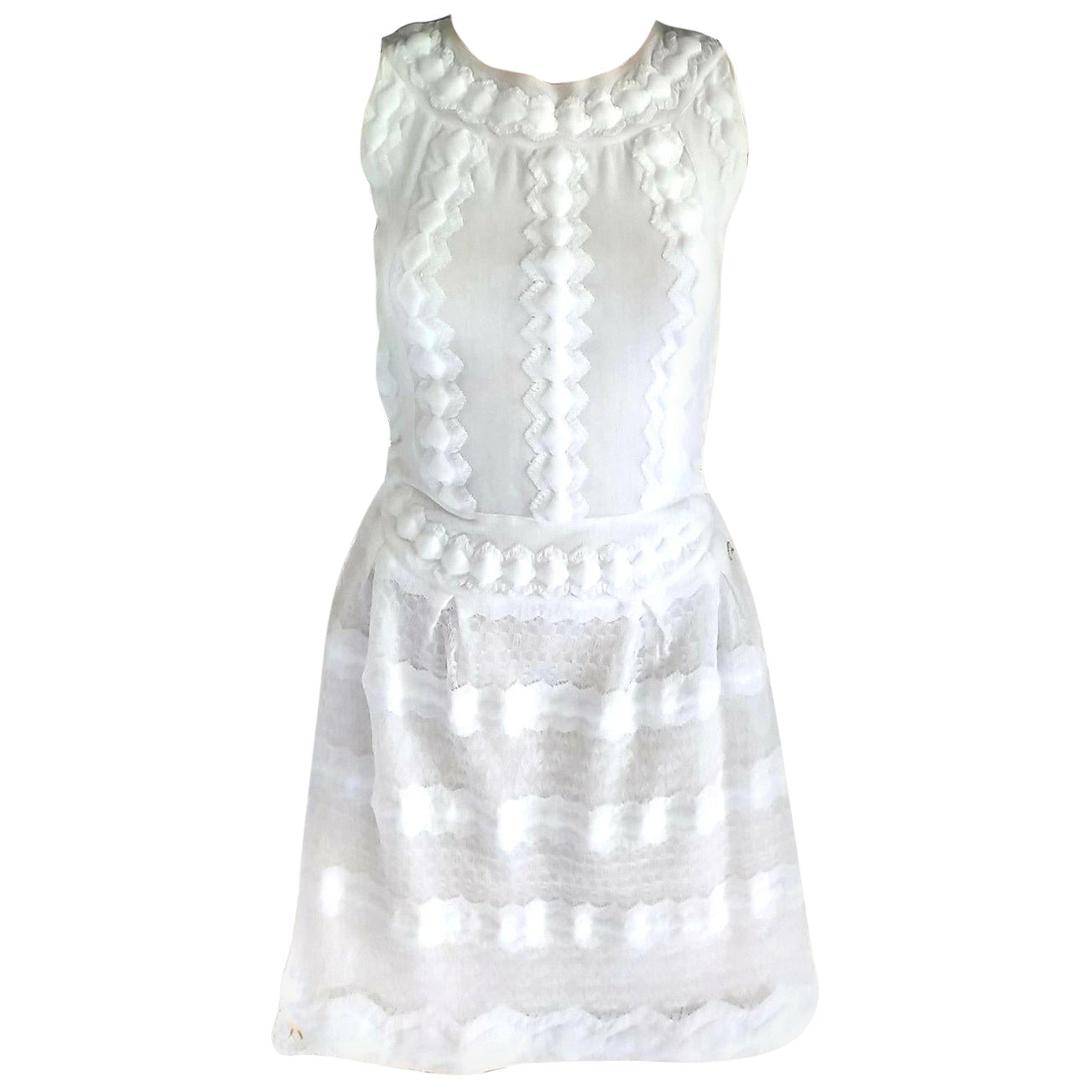 2015 SS15 Chanel Angelic White Camellia Embellished A-Line Dress FR 36/ US 2 4
