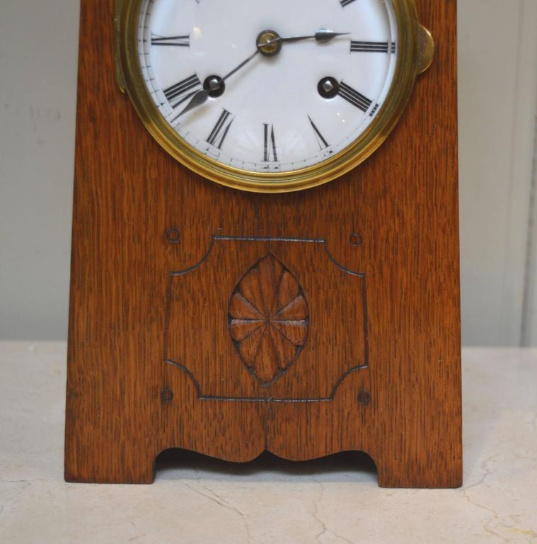 Arts and crafts oak mantel clock at 1stdibs for Small clocks for crafts