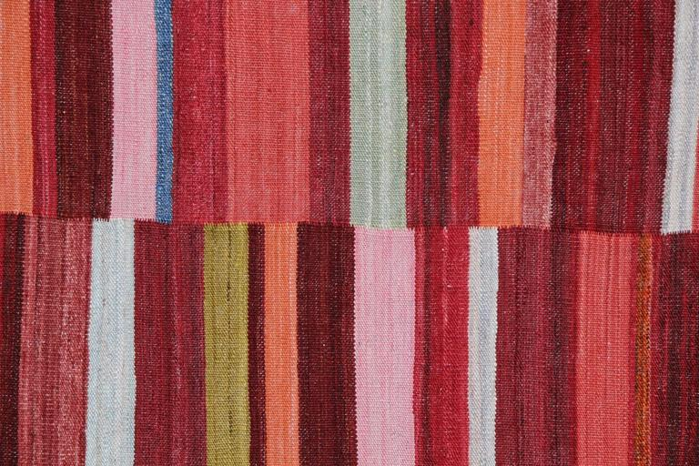 Primitive Kilim Rugs, Modern Striped Kilim Rugs, Floor Modern Area Carpet In New Condition For Sale In Hampshire, SO51 8BY