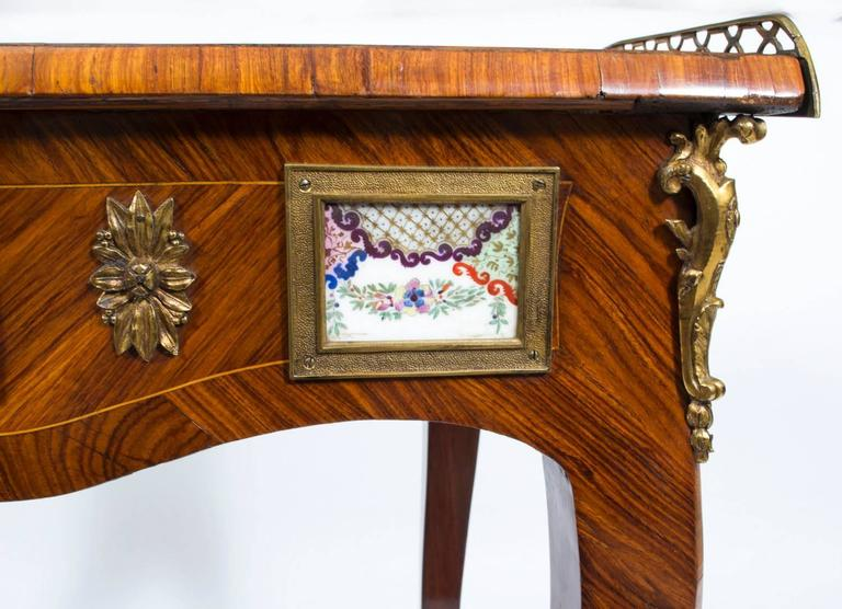 18th Century French Writing Side Table Porcelain Plaques For Sale 5