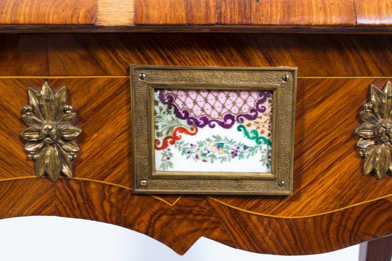 18th Century French Writing Side Table Porcelain Plaques For Sale 4