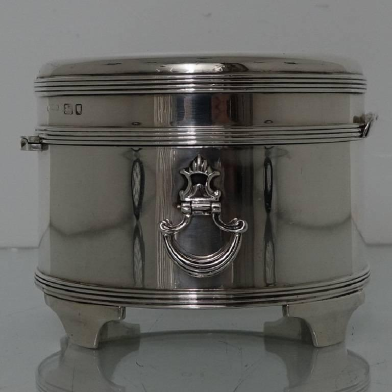 Modern Sterling Silver Biscuit Box George Iv London 1938