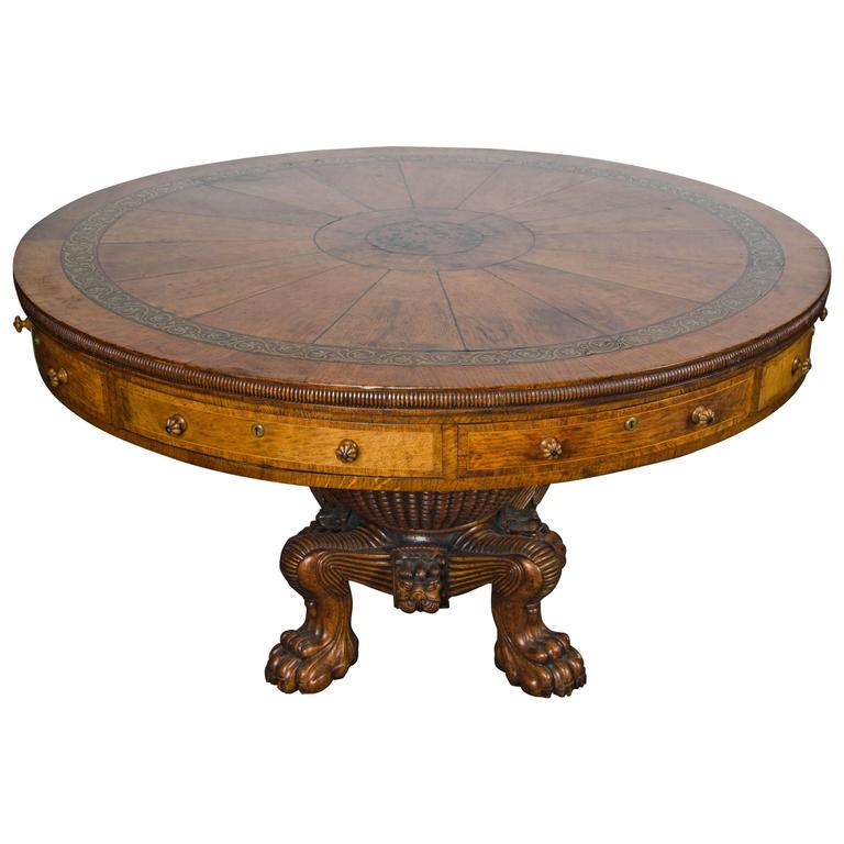 Antique Centre table, 19th Century. For Sale