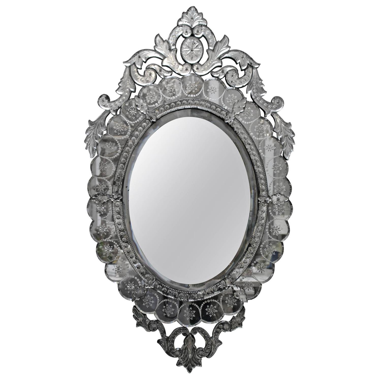 Venetian mirror at 1stdibs for Black venetian mirror
