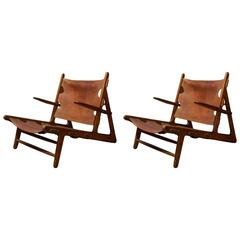 Pair of Børge Mogensen 'Hunting Chairs' in Oak and Patinated Butt Leather