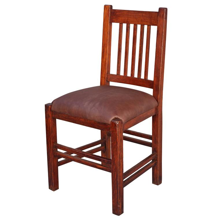 Arts And Crafts Side Chair With Spindles