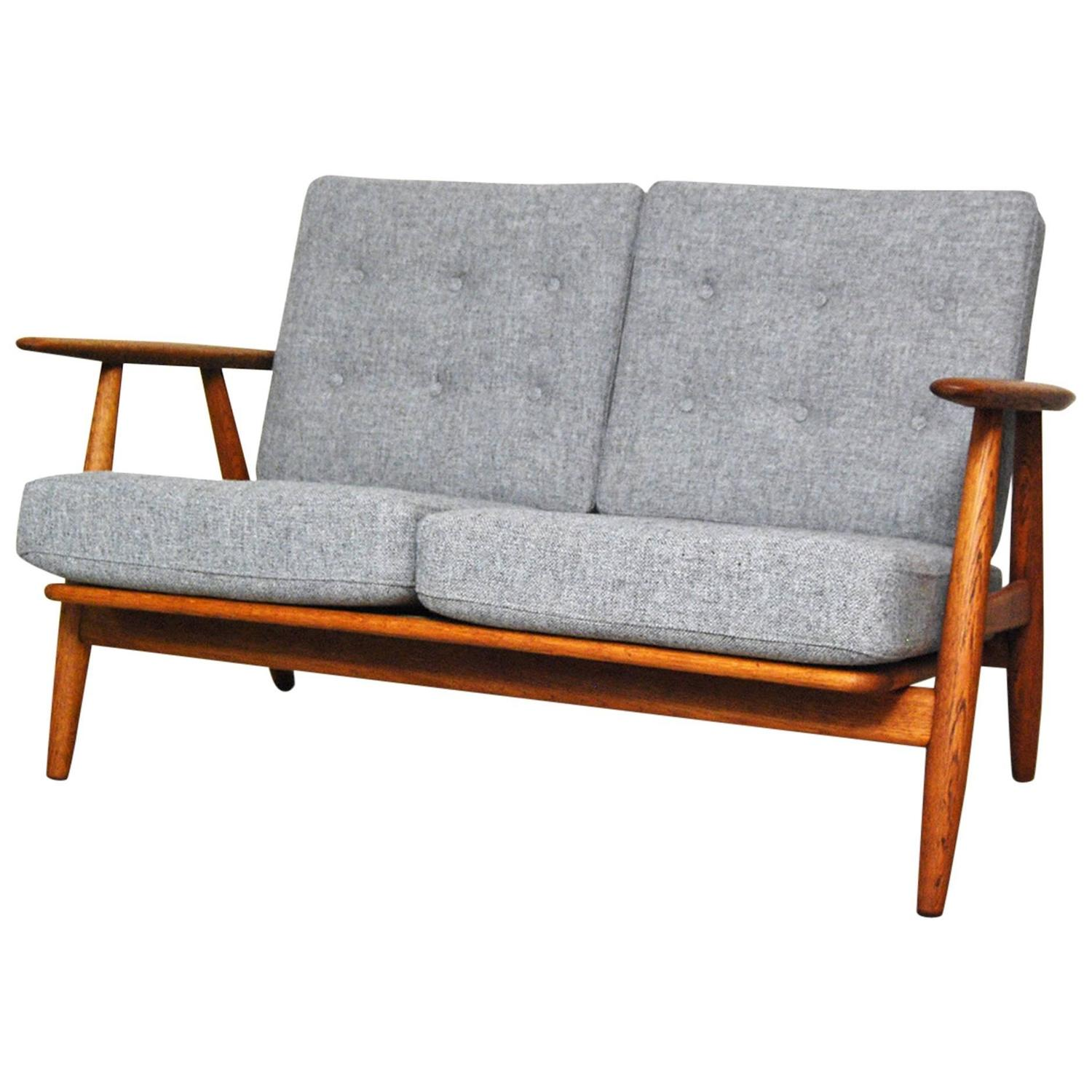 hans wegner ge 240 cigar sofa at 1stdibs. Black Bedroom Furniture Sets. Home Design Ideas