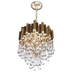 Stunning Modernist Chandelier in Brass and Crystal Droplets by Sciolari