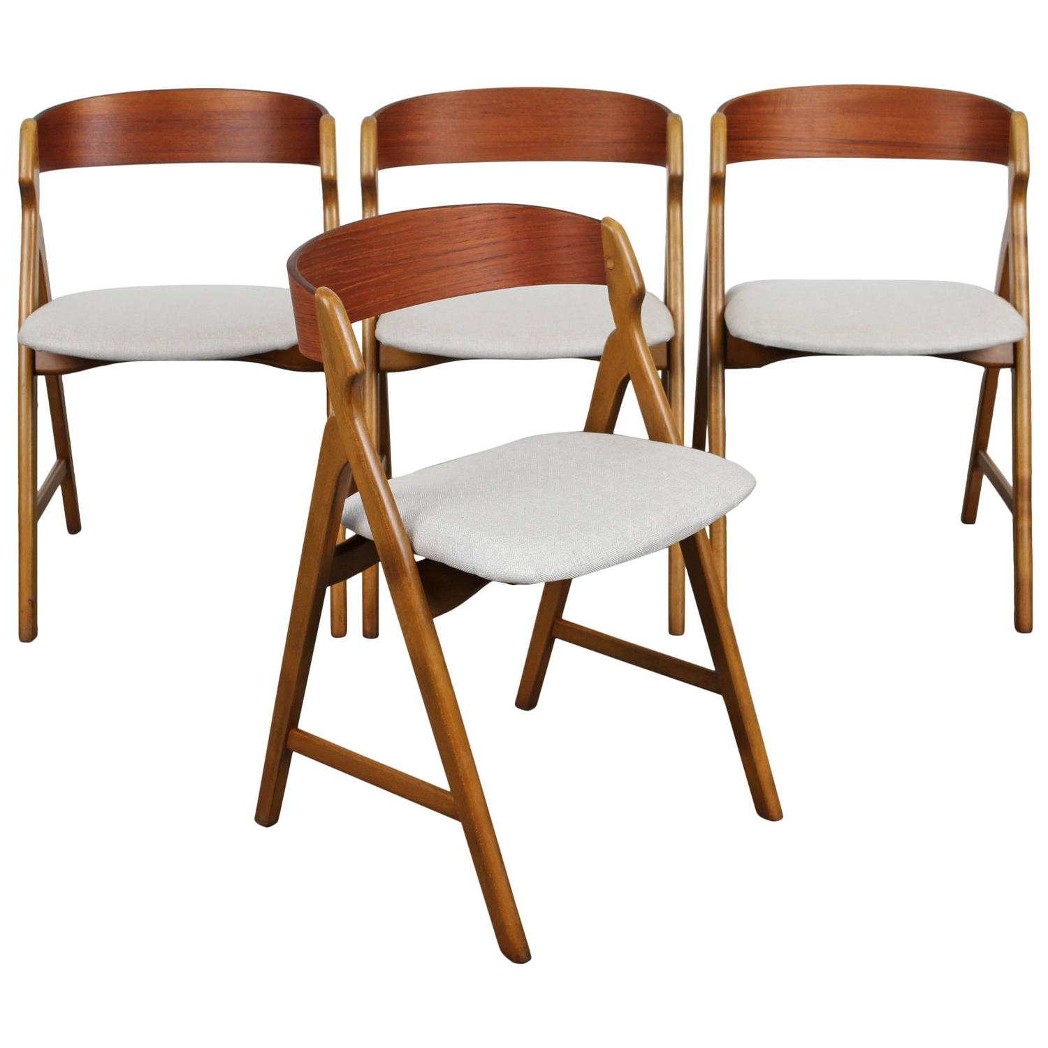 Set Of Four Mid Century Danish Modern Teak Dining Chairs