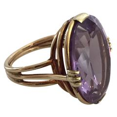Danish 14-Karat Gold Ring Ornamented with Amethyst Stone