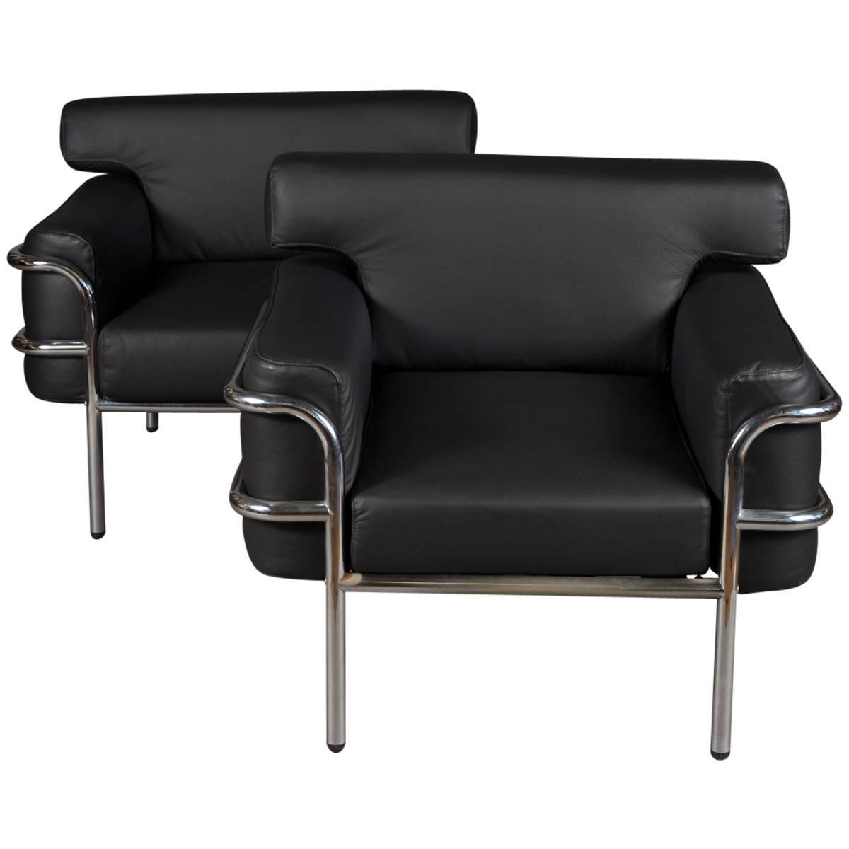 Pair Of Iconic Vintage Le Corbusier Style Black Leather