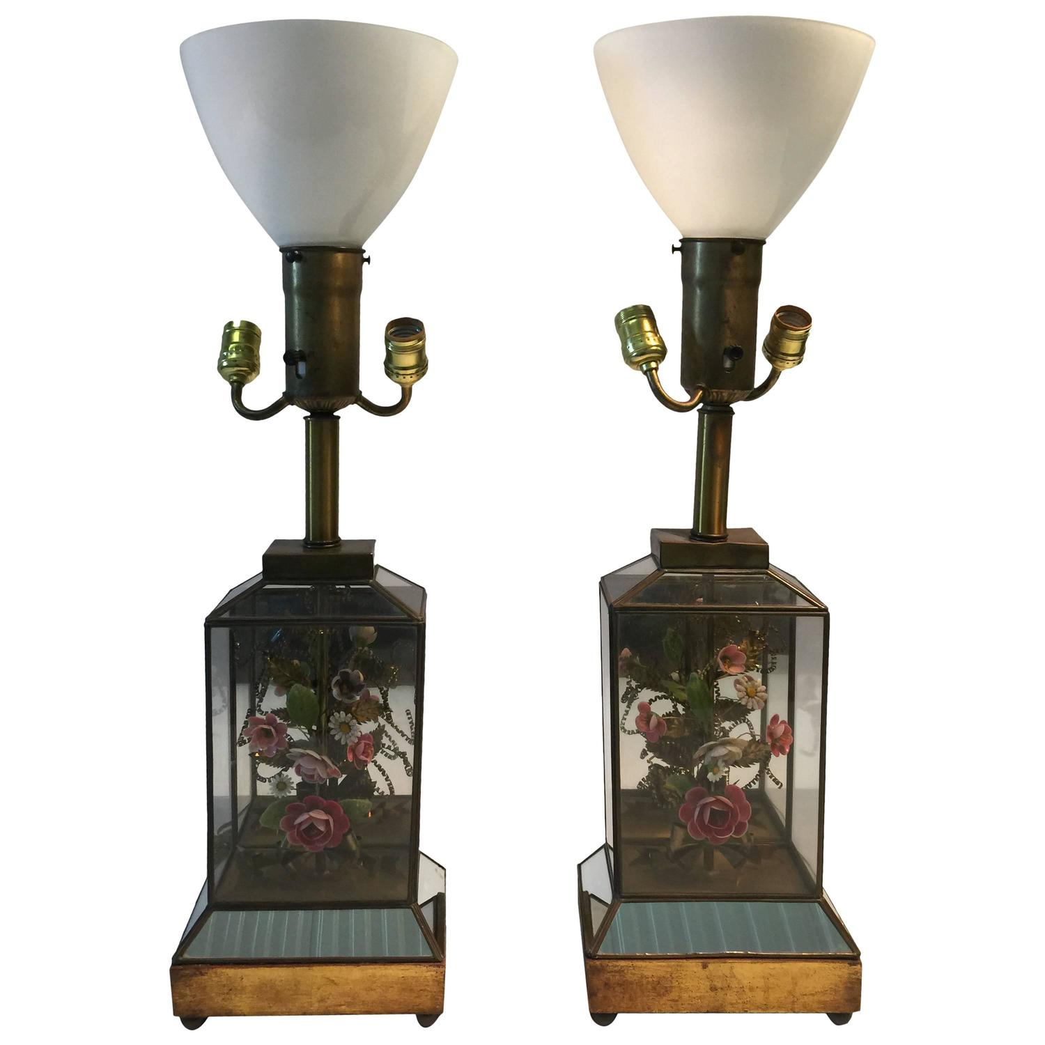 Unique lamps for sale - Unique Dorothy Draper Style Mirrored Pair Of Shell And Brass Flower Diorama Lamps At 1stdibs