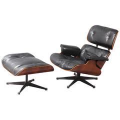 lounge chair and ottoman,  designed Charles Eames, Model 670/671. Rosewo