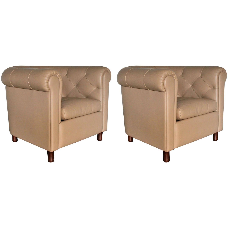 Poltrona frau arcadia armchair in pale brown pelle for Poltrona design pelle