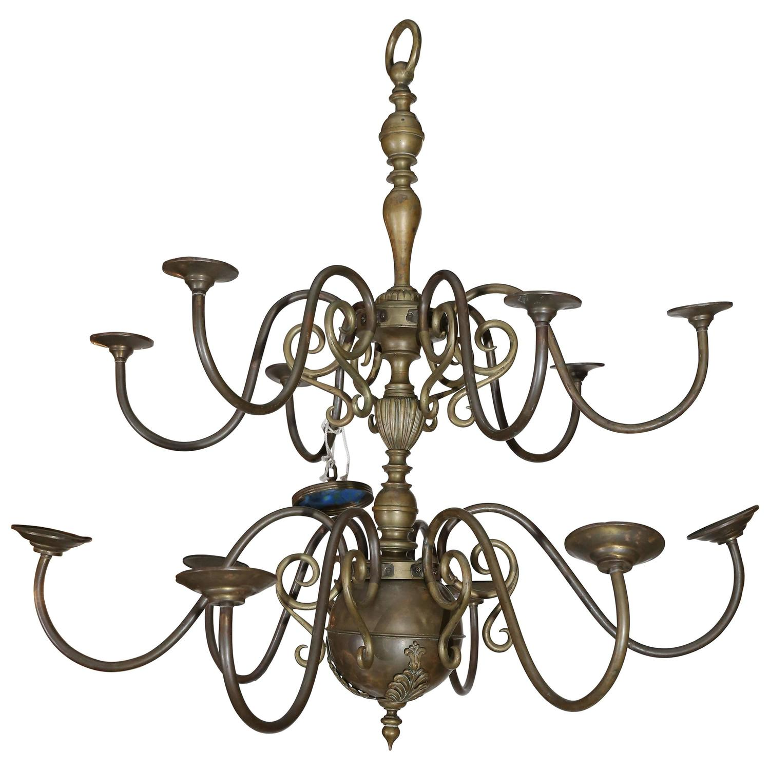 Antique Brass Georgian Chandelier With Twelve Lights At