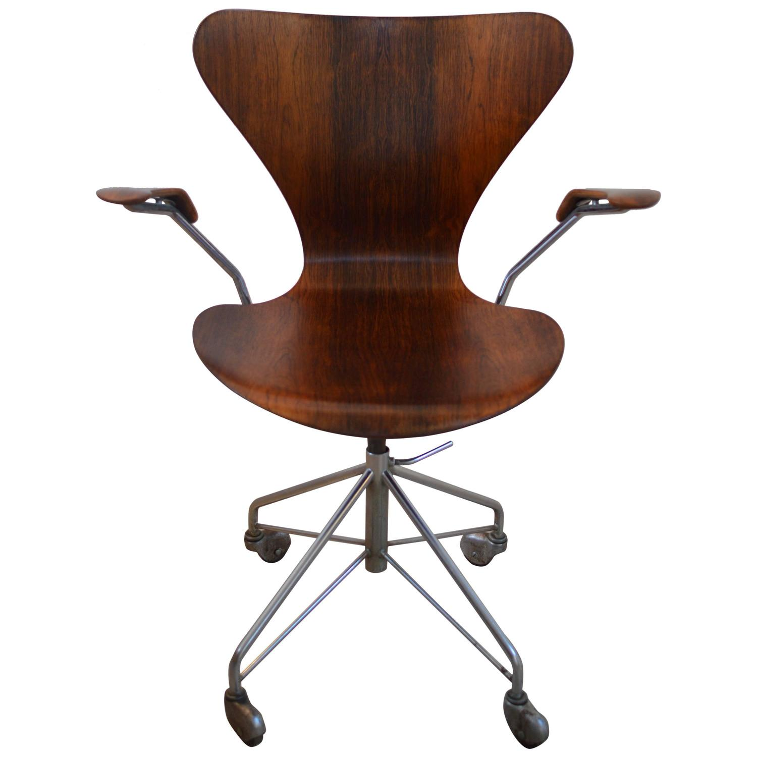Rare arne jacobsen rosewood swivel desk chair with arms at for Jacobsen chair