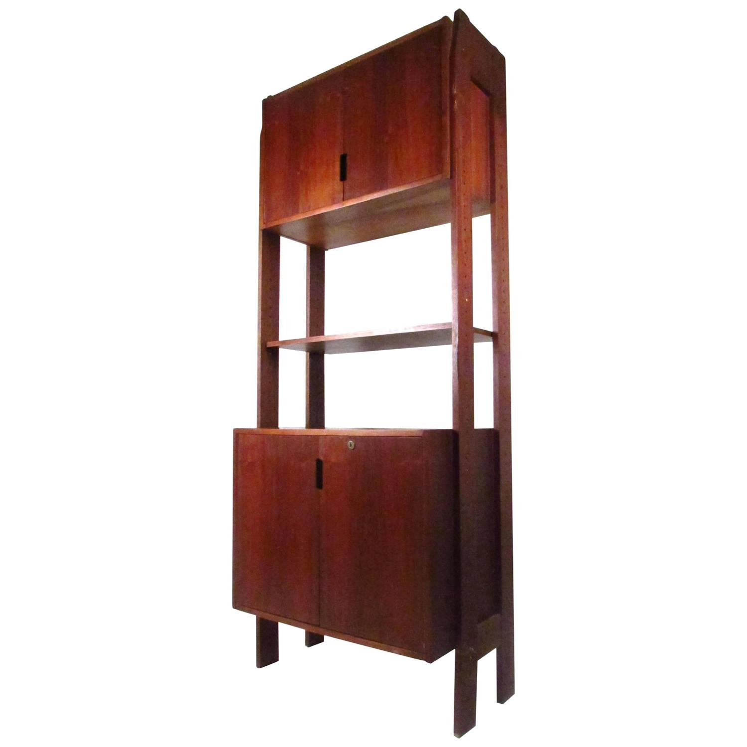 mid century modern freestanding bookshelf with cabinet for sale at 1stdibs - Free Standing Bookshelves