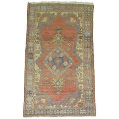 Pantone Vintage Turkish Oushak Rug
