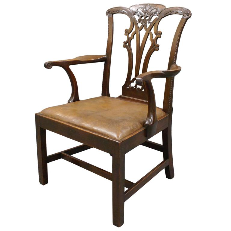 chippendale period mahogany armchair at 1stdibs. Black Bedroom Furniture Sets. Home Design Ideas