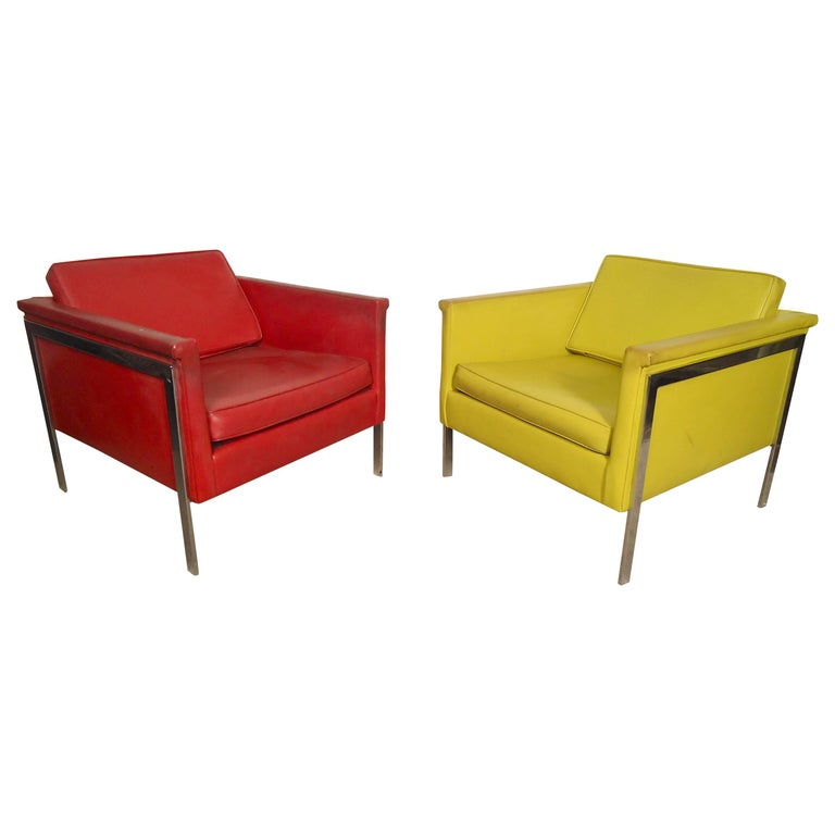 Pair Mid-Century Modern Lounge Chairs, Yellow and Red For Sale