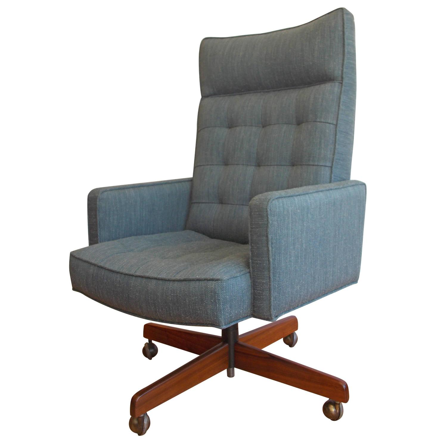 vincent cafiero executive office chair for knoll at 1stdibs