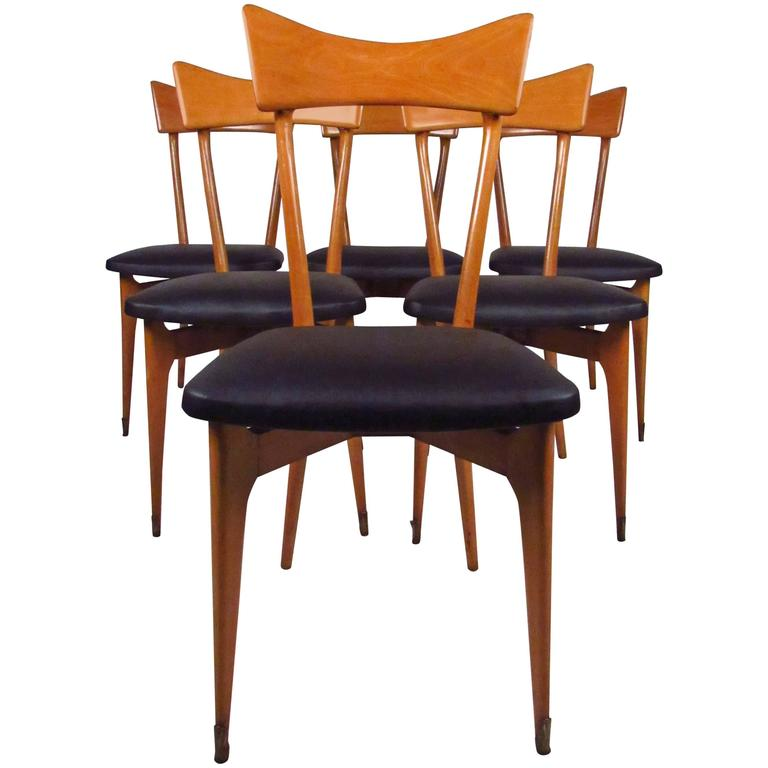 Set of mid century modern italian dining chairs by ico for Italian dining chairs modern