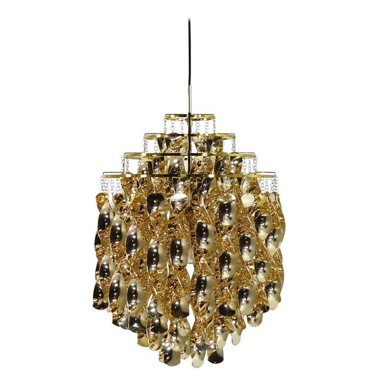verpan leuchten interesting neuauflage der shelllampe fun. Black Bedroom Furniture Sets. Home Design Ideas
