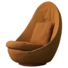 Rare Large-Scale Milo Baughman Swivel Chair