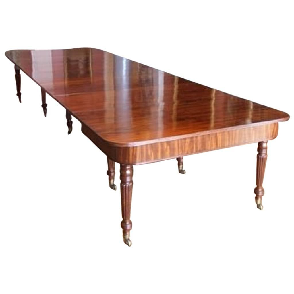 Fine quality regency mahogany dining table circa 1820 for Dining room tables quality