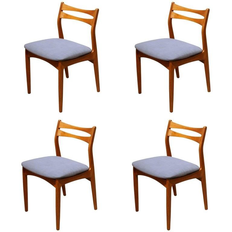 Vintage danish teak dining chairs set of four at 1stdibs - Scandinavian teak dining room furniture design ...