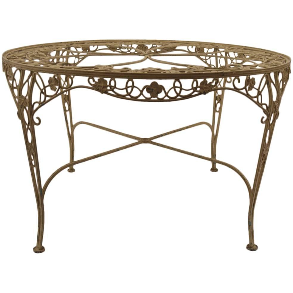 Patio dining table sale aluminum patio dining tables on for Metal patio tables sale
