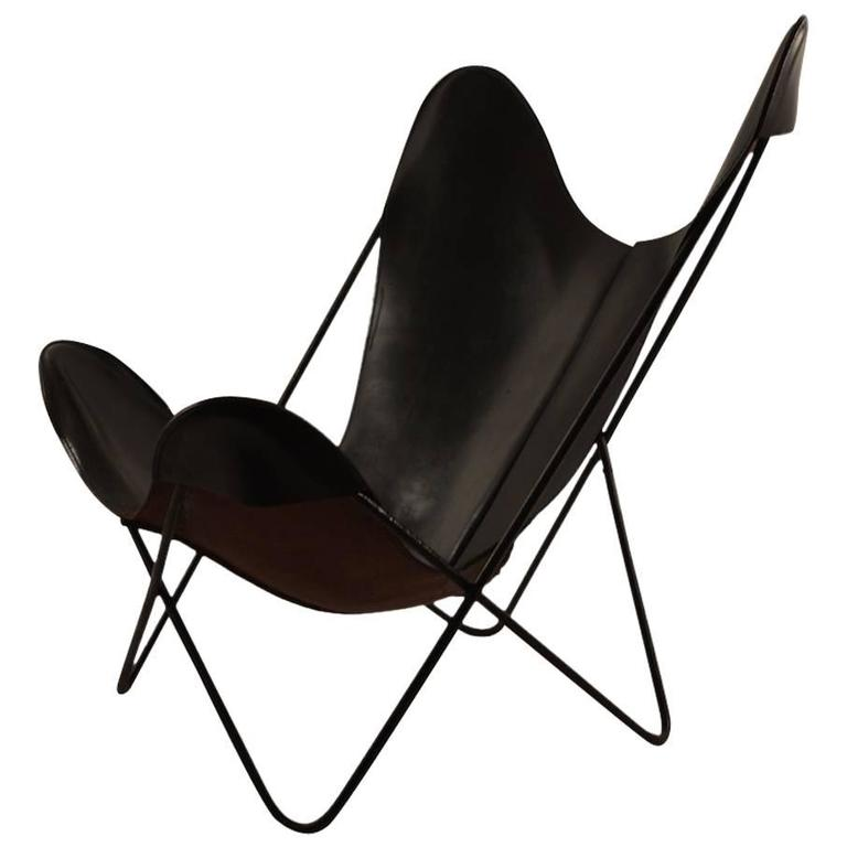slick original hardoy butterfly in black leather for sale at 1stdibs. Black Bedroom Furniture Sets. Home Design Ideas