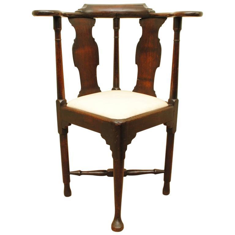 Mid-18th Century Mahogany Corner Chair